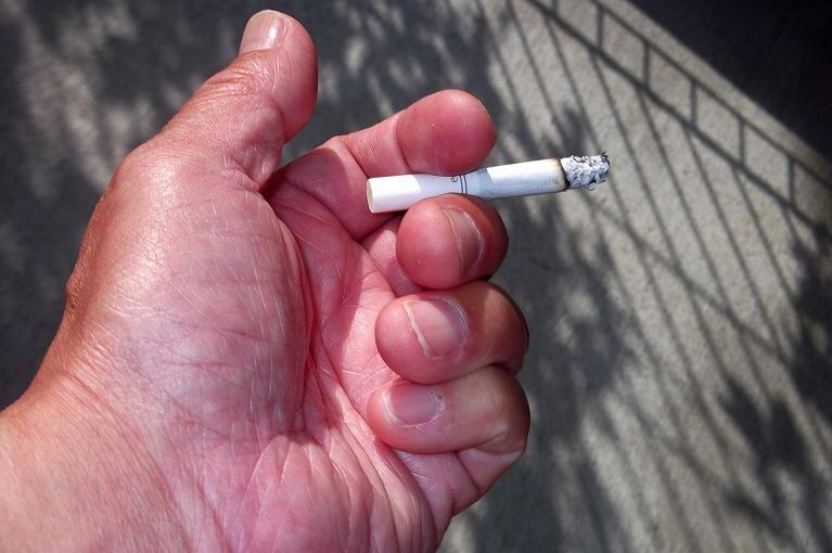 ニコチン依存症とは